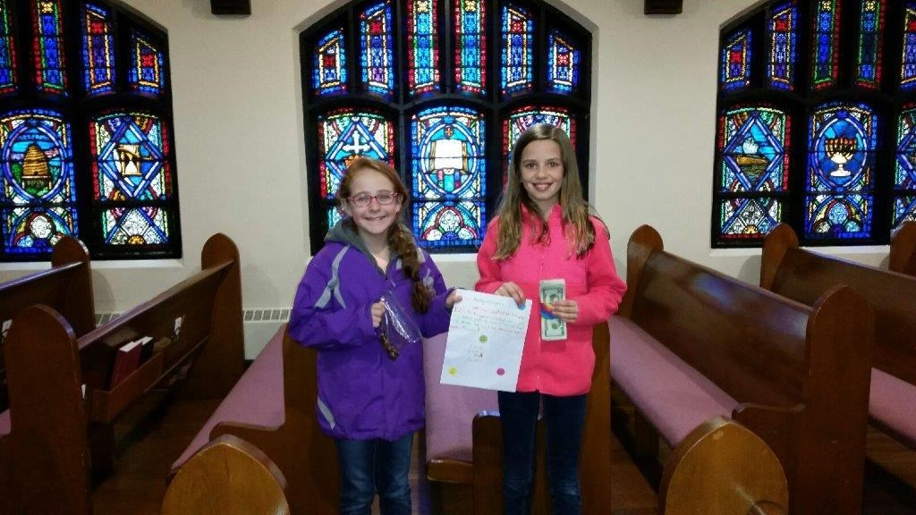 Lyndzie Springer and Chasie Fry, both fourth graders at Sharpsville Elementary School,  recently donated $175 towards the BackPack Program using the proceeds from their Duck Tape accessories business.   They presented their earnings to the First Presbyterian Church in Sharpsville, which handles all donations to the program.  Great job, girls!
